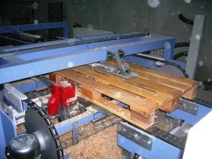 Изготовление паллет из опилок