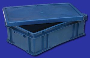 Пластиковый ящик с крышкой для творожной или сырной массы, замороженных продуктов и фарша