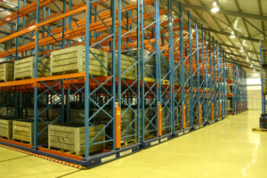 Разновидности стеллажей для складских помещений