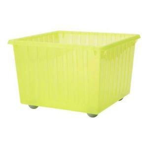 пластиковые ящики «на колесиках»
